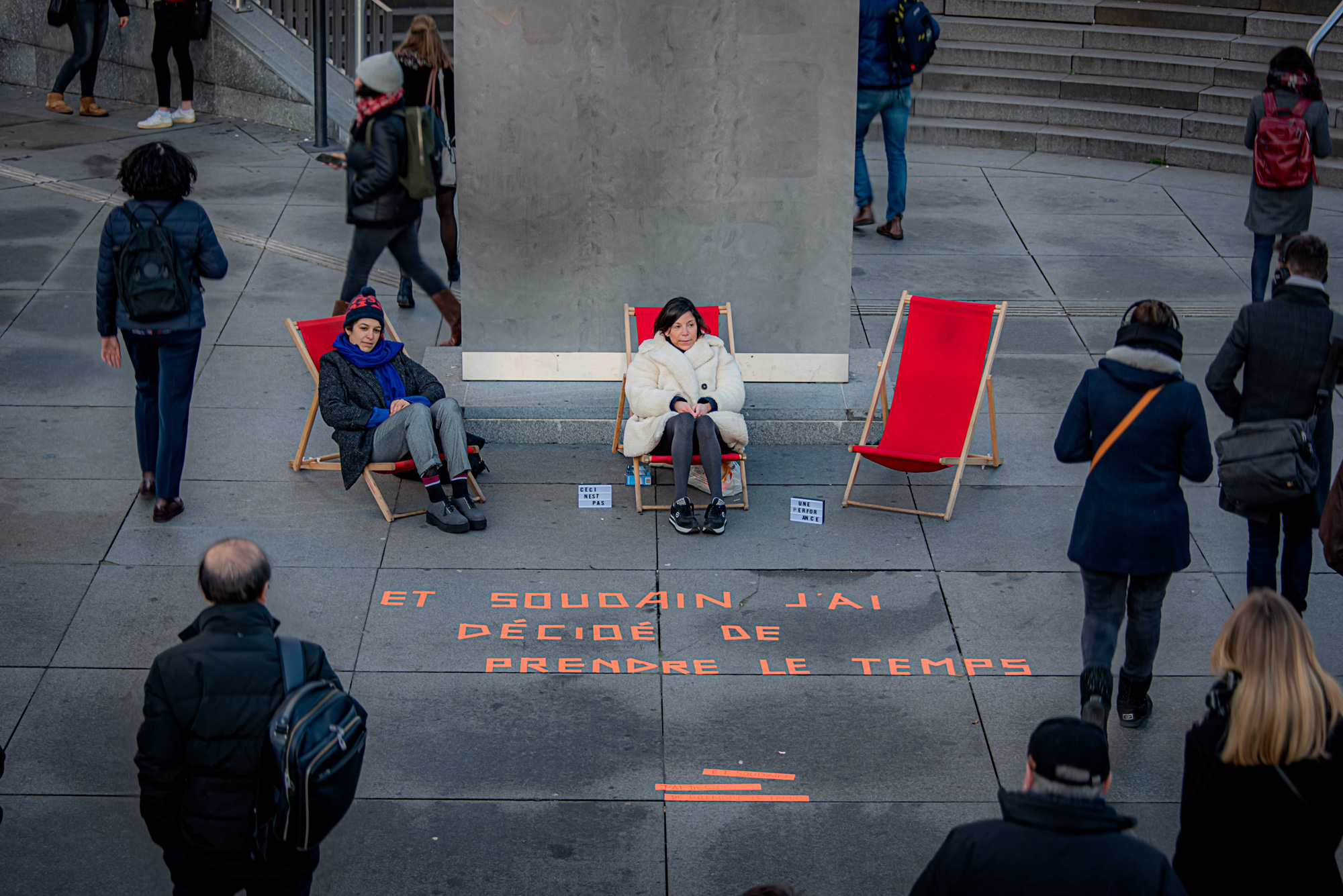 KISS : La Défense 21.01.20 - Nice To Meet You Cie - © Emilie Munck Montuclard